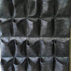 Vải địa trồng cây màu xám