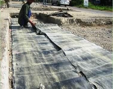 mục đích sử dụng của lớp giấy dầu trong kết cấu mặt đường bê tông xi măng
